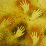 Wovon erzählen die Hände auf diesen Bildern?